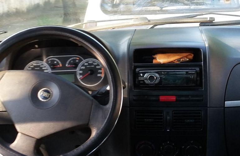 Fiat Siena ELX 1.4 8V (Tetrafuel) - Foto #3