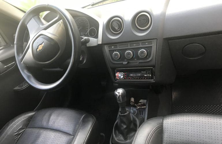 Chevrolet Celta LS 1.0 (Flex) 4p - Foto #3