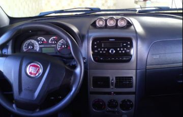 Fiat Idea Adventure 1.8 16V Dualogic (Flex) - Foto #3