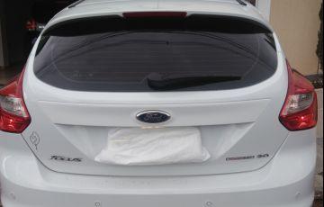 Ford Focus Hatch SE 2.0 16V PowerShift - Foto #2