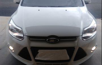 Ford Focus Hatch SE 2.0 16V PowerShift - Foto #4