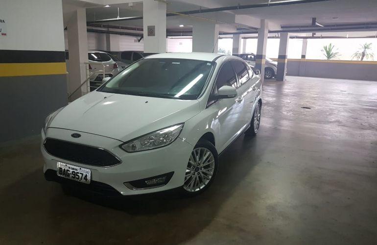 Ford Focus Sedan SE Plus 2.0 PowerShift - Foto #1
