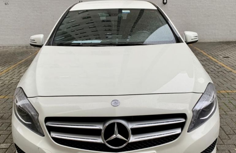 Mercedes-Benz Classe A 200 Style 1.6 DCT Turbo - Foto #2
