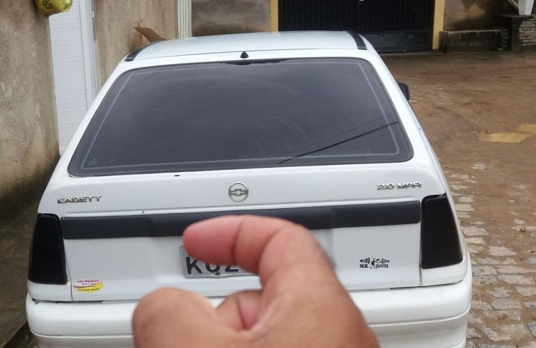 Chevrolet Kadett Hatch GL 2.0 MPFi - Foto #9