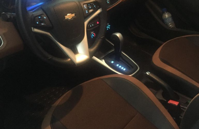 Chevrolet Onix 1.4 Activ SPE/4 (Aut) - Foto #1