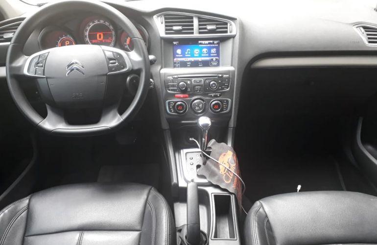 Citroën C4 Lounge Tendance 2.0i (Aut) - Foto #6
