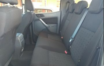Ford Ranger 2.2 TD XLS CD 4x4 (Aut) - Foto #3