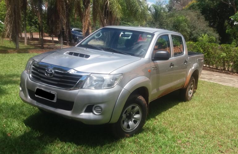 Toyota Hilux 3.0 TDI 4x4 CD STD - Foto #1