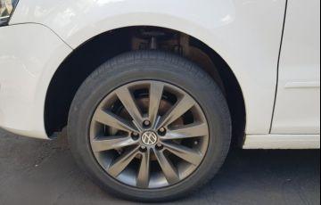 Volkswagen Fox 1.0 8V (Flex) - Foto #5
