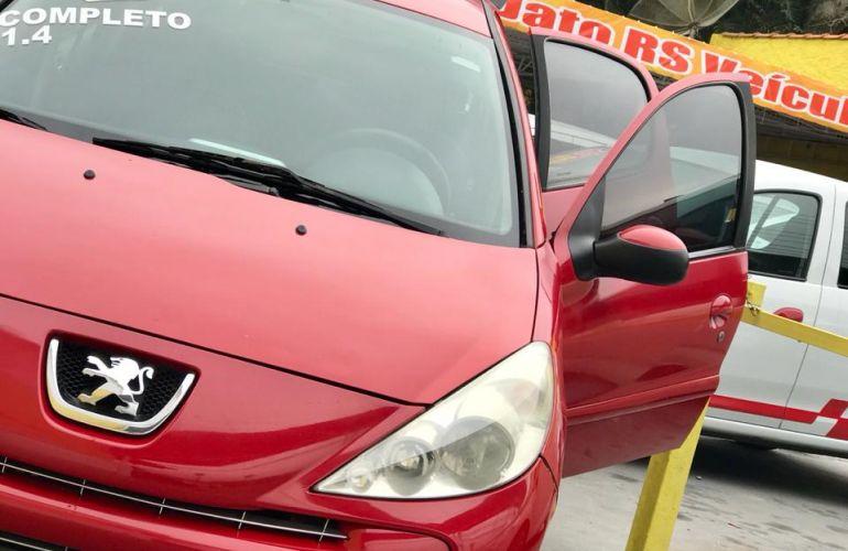 Peugeot 207 Hatch XR 1.4 8V (flex) 4p - Foto #10
