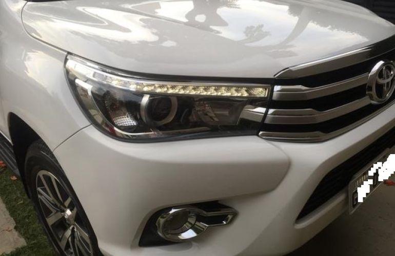 Toyota Hilux 2.8 TDI SRX CD 4x4 (Aut) - Foto #5