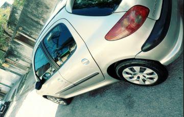 Peugeot 206 Hatch. Presence 1.4 8V - Foto #4