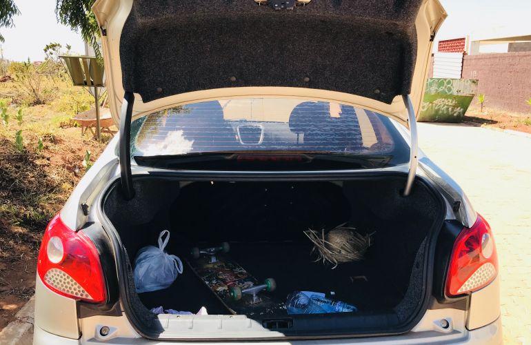 Peugeot 207 Passion XR Sport 1.4 8V (flex) - Foto #6