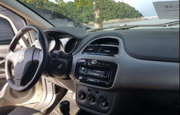 Fiat Punto Essence 1.6 16V (Flex) - Foto #2