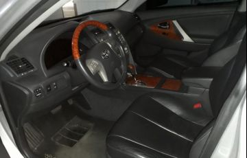 Toyota Camry XLE 3.5 V6 - Foto #2