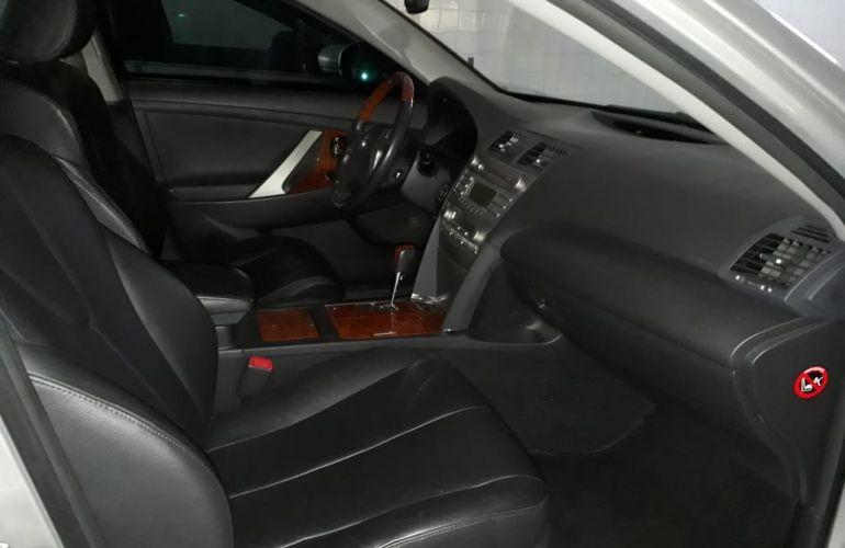 Toyota Camry XLE 3.5 V6 - Foto #4