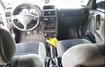 Chevrolet Astra Hatch Elegance 2.0 (Flex) - Foto #1