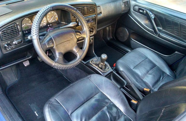 Volkswagen Passat GL 2.0 i - Foto #4