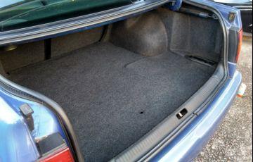Volkswagen Passat GL 2.0 i - Foto #7