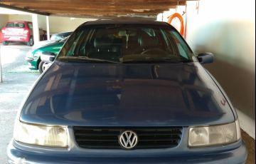 Volkswagen Passat GL 2.0 i - Foto #10