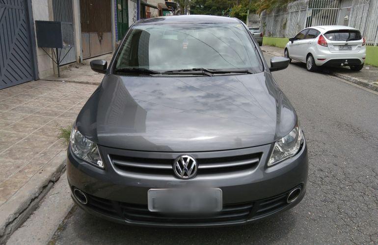 Volkswagen Voyage 1.0 Total Flex - Foto #1