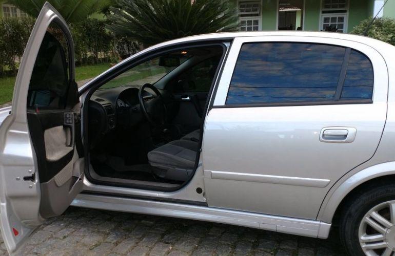 Chevrolet Astra Sedan CD 2.0 8V (Aut) - Foto #1