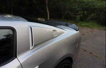 Ford Mustang GT 5.0 V8 - Foto #2