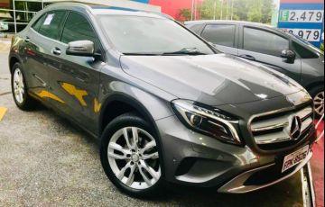 Mercedes-Benz GLA 200 Advance - Foto #6