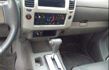Nissan Frontier XE 4x4 2.5 16V (cab. dupla) - Foto #8