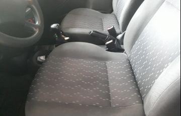 Ford Focus Hatch GL 1.6 8V - Foto #8
