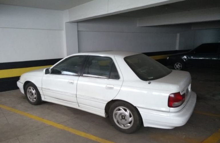 Hyundai Elantra Sedan GLS 1.6 - Foto #1