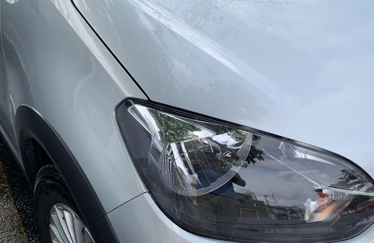 Volkswagen Up! 1.0 12v E-Flex Track - Foto #3