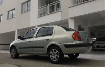 Renault Clio Sedan Expression 1.0 16V - Foto #7