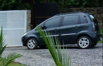 Fiat Idea Essence 1.6 16V E.TorQ (Flex) - Foto #2