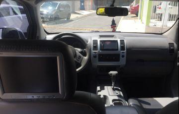 Nissan Frontier LE 4x4 2.5 16V (cab. dupla) (aut)