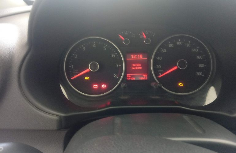 Volkswagen Voyage 1.0 TEC (Flex) - Foto #6