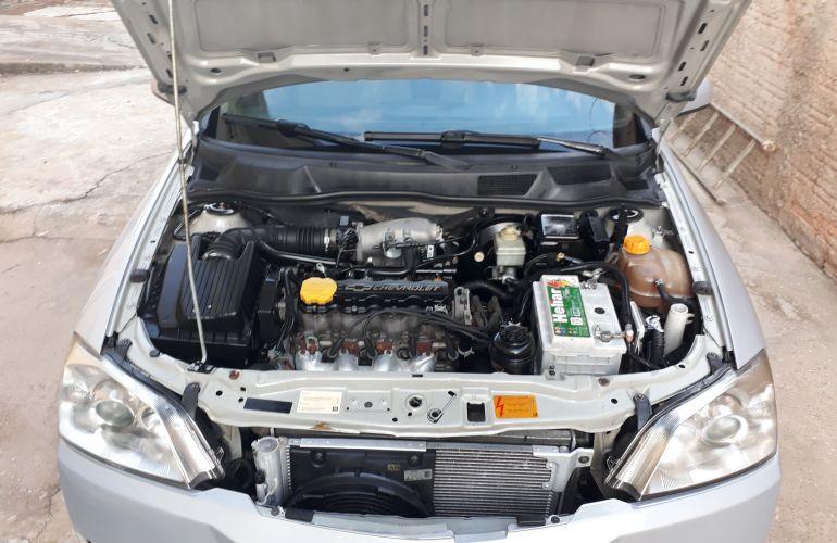 Chevrolet Astra Sedan CD 2.0 8V - Foto #3