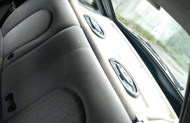 Ford Escort Hatch GL 1.8 MPi 16V - Foto #3