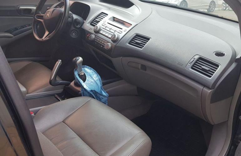 Honda New Civic LXS 1.8 16V (Flex) - Foto #6