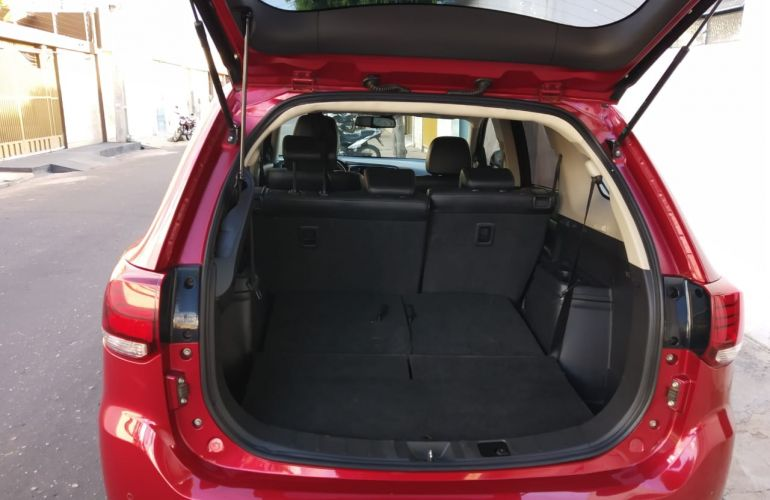 Mitsubishi Outlander GT 4WD 3.0 V6 (Aut) - Foto #4