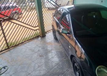 Volkswagen Polo Sedan 1.6 8V - Foto #2