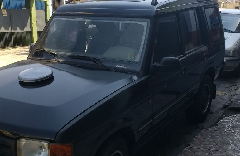 Land Rover Discovery 4x4 3.9 V8 (aut) - Foto #3