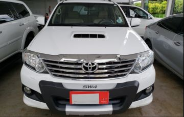 toyota hilux sw4 srv 3.0 4x4 5 lugares