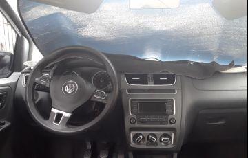 Volkswagen Fox 1.0 TEC BlueMotion (Flex) 4p - Foto #4