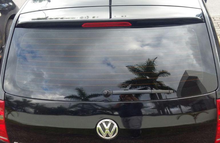 Volkswagen Fox 1.0 TEC BlueMotion (Flex) 4p - Foto #5