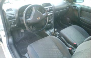 Chevrolet Astra Hatch GL 1.8 MPFi - Foto #9