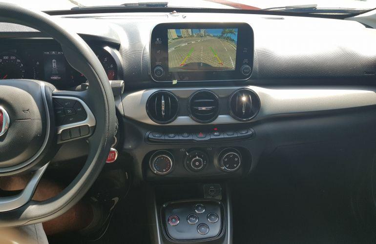Fiat Cronos 1.3 Drive Firefly GSR (Flex) - Foto #6