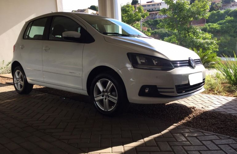 Volkswagen Fox Comfortline 1.0 TEC (Flex) - Foto #8