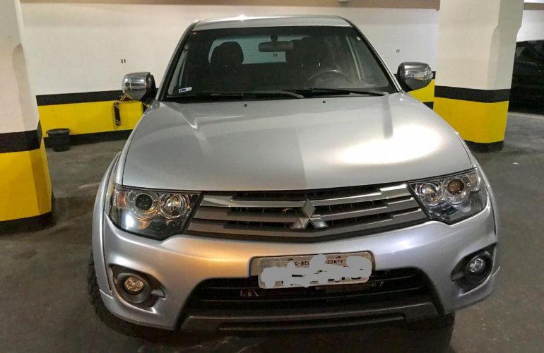 Mitsubishi L200 Triton 3.5 V6 HPE 4WD (Flex) (Aut) - Foto #2