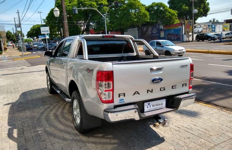 Ford Ranger 3.2 TD CD XLT 4WD (Aut) - Foto #4
